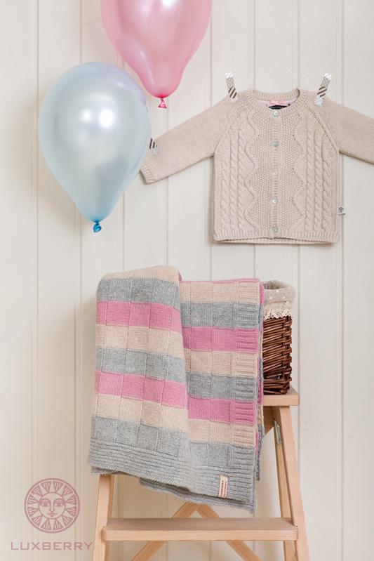 Купить вязаное одеяло для новорожденного в Москве